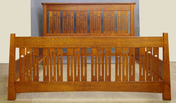 Mackintosh Keyhole Bed King