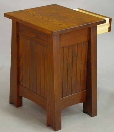Mackintosh End Table2