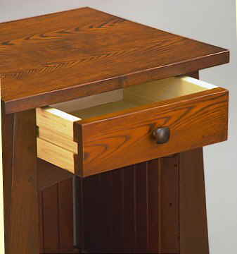 Mackintosh End Table4